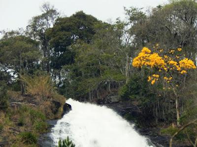 A Cachoeira dos Pretos em Joanópolis, São Paulo. (Publicado originalmente no Facebook em 08 de setembro de 2015)