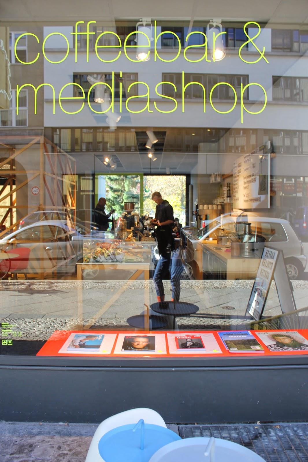 anneliwest berlin westberlin coffeebar mediashop. Black Bedroom Furniture Sets. Home Design Ideas