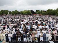 Inggris Jadi Saksi Shalat Idul Fitri Terbesar Di Eropa