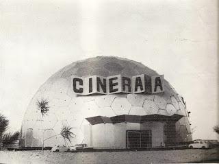 """La estructura diseñada por Perez Piñero para CINESA. """"CINERAMA"""""""