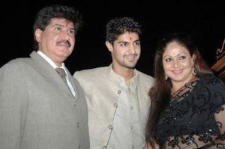 Rati Agnihotri Family Husband Son Daughter Father Mother Marriage Photos Biography Profile.