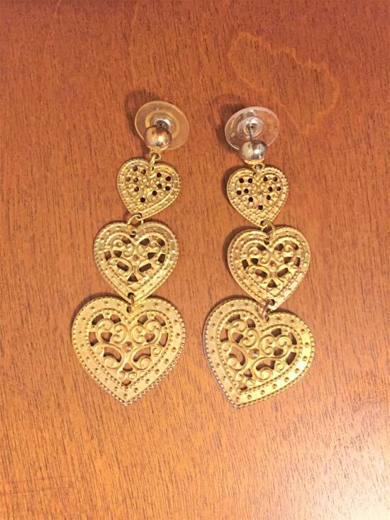 gold lace heart earrings