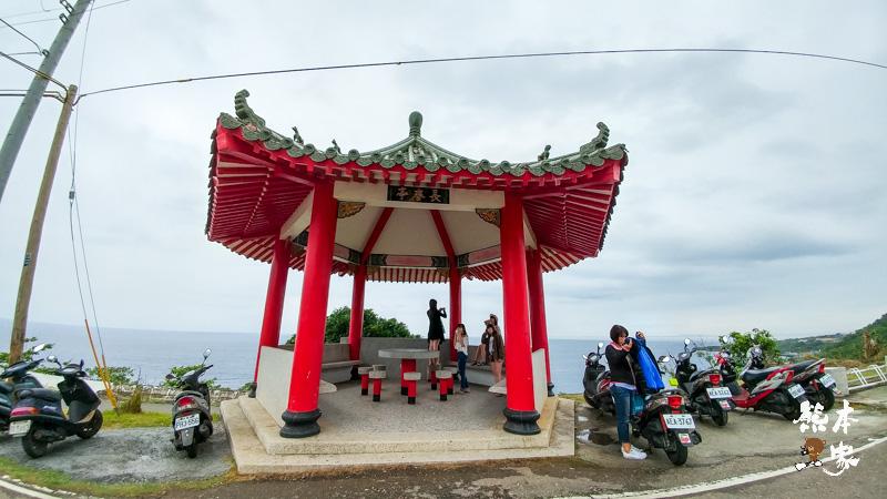 長春亭觀浪|鳥瞰小琉球威尼斯沙灘(蛤板灣)|威尼斯海景會館旁