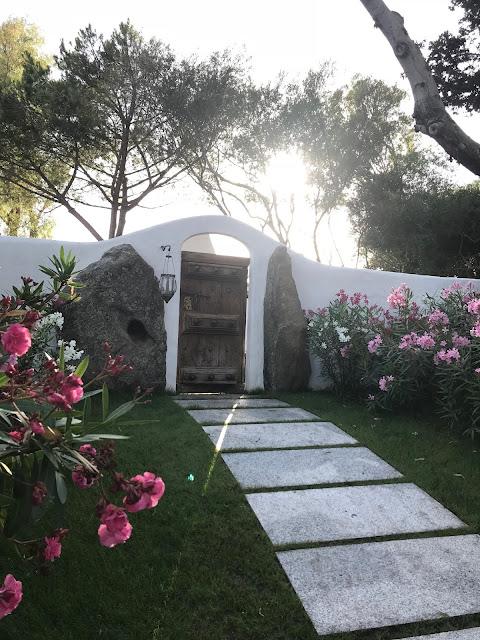 arbatax park resort suites della pietra