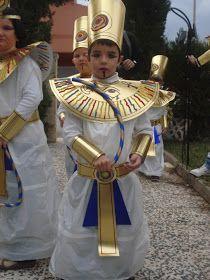 egipcio con bolsa basura para disfraces escolares