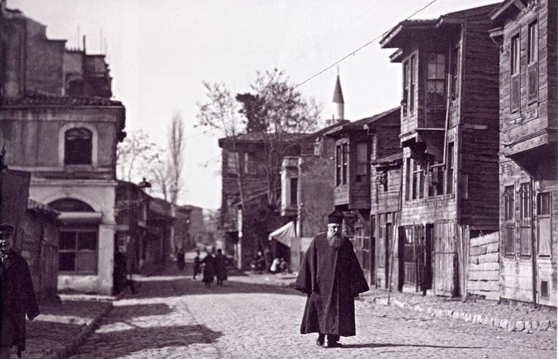 «Κωνσταντινούπολις: Η πόλη μέσα από το φωτογραφικό φακό του Αχιλλέως Σαμαντζή και του Ευγενίου Δαλεζίου»