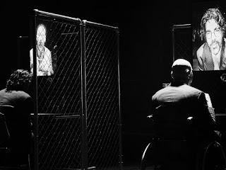 """Lebensraum"" (Ζωτικός χώρος) του Θανάση Τριαρίδη, σε σκηνοθεσία Πηγής Δημητρακοπούλου."