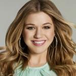 Kelly Clarkson - Winter Dreams (Brandon's Song)