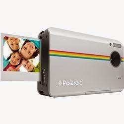 Câmera Polaroid Z2300 imprime foto em menos de 1 minuto