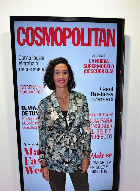 Foto en el stand de la revista Cosmopolitan