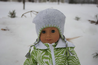 http://myagdollcraft.blogspot.com/2013/12/winter-hat-for-american-girl-doll.html