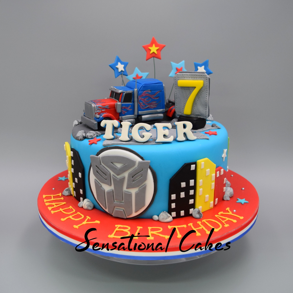 Optimus Prime Mover Truck Theme 3d Cake Singapore Sensational Cakes Online Serving The Best Designer And Sugar Craft Based In