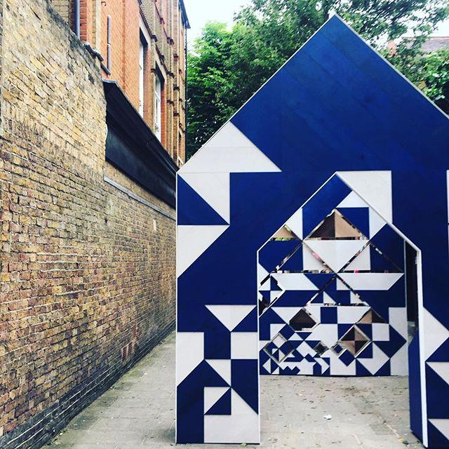 Hakwood, installation, blue and white geometric pattern, designhounds