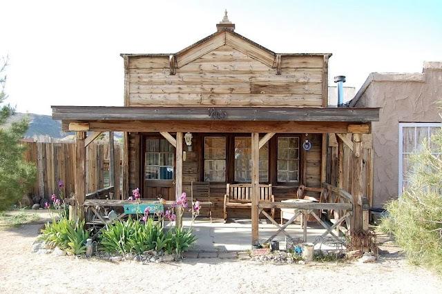 Salah Satu Rumah Penduduk di Pioneer Town