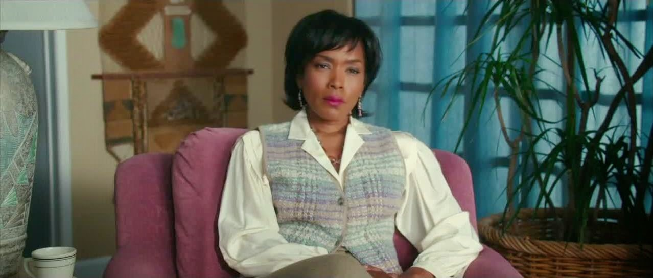 white bird in a blizzard angela bassett
