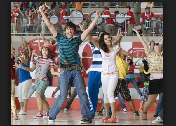 What Time Is It de High School Musical 2