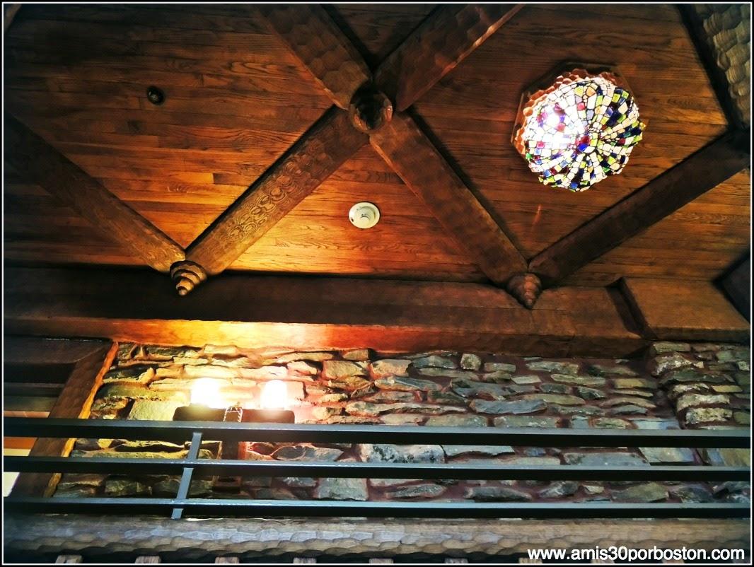 Castillo Gillette: Lámparas de Tiffany