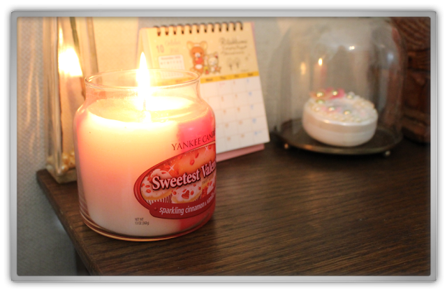 Yankee Candle haul review valentine's day sweetest valentine sparkling cinnamon vanilla cupcake medium jar
