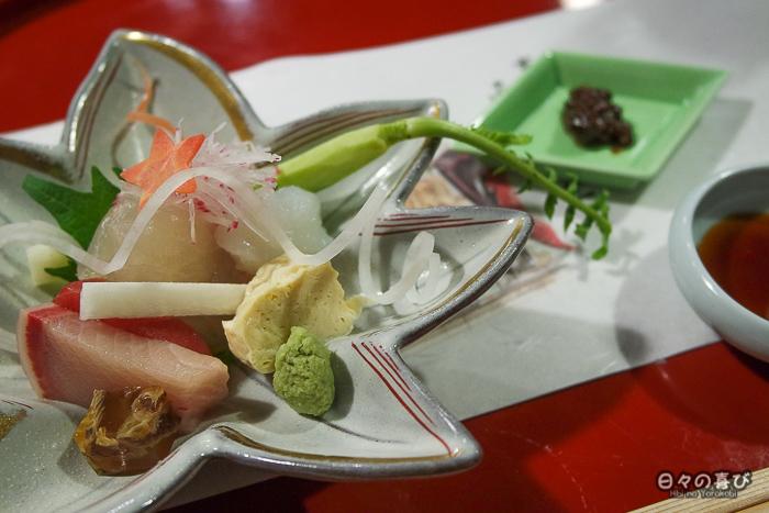 assiette de sashimi, restaurant Ganko, Kyoto