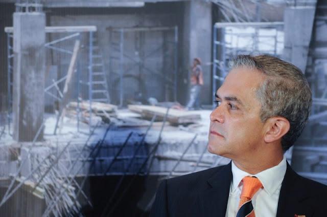 A pesar del desastre, Mancera renunciará a la CDMX para buscar la Presidencia.