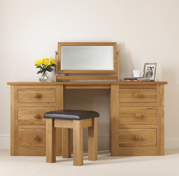 Model meja rias modern minimalis sederhana