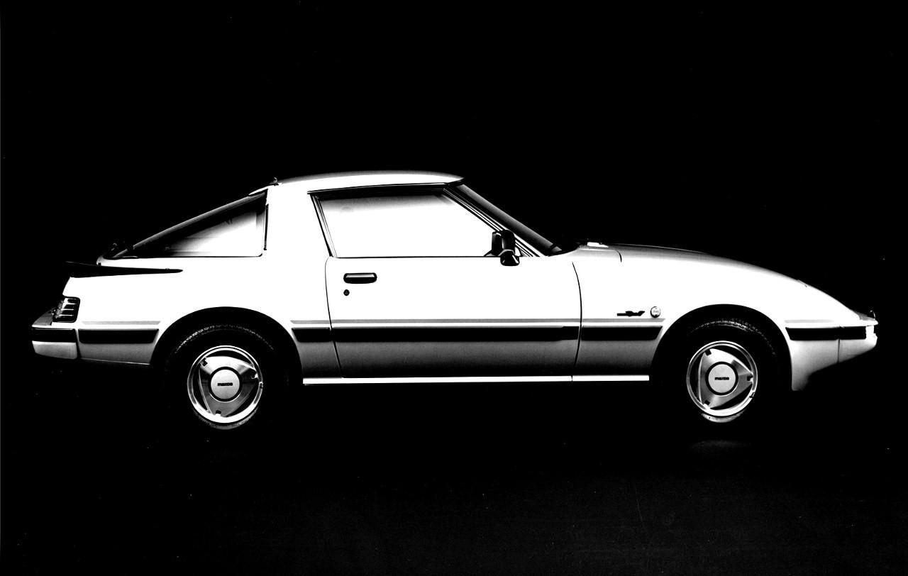 [Image: Mazda%2BRX-7%2B81%2B%2528eu%2529.jpg]