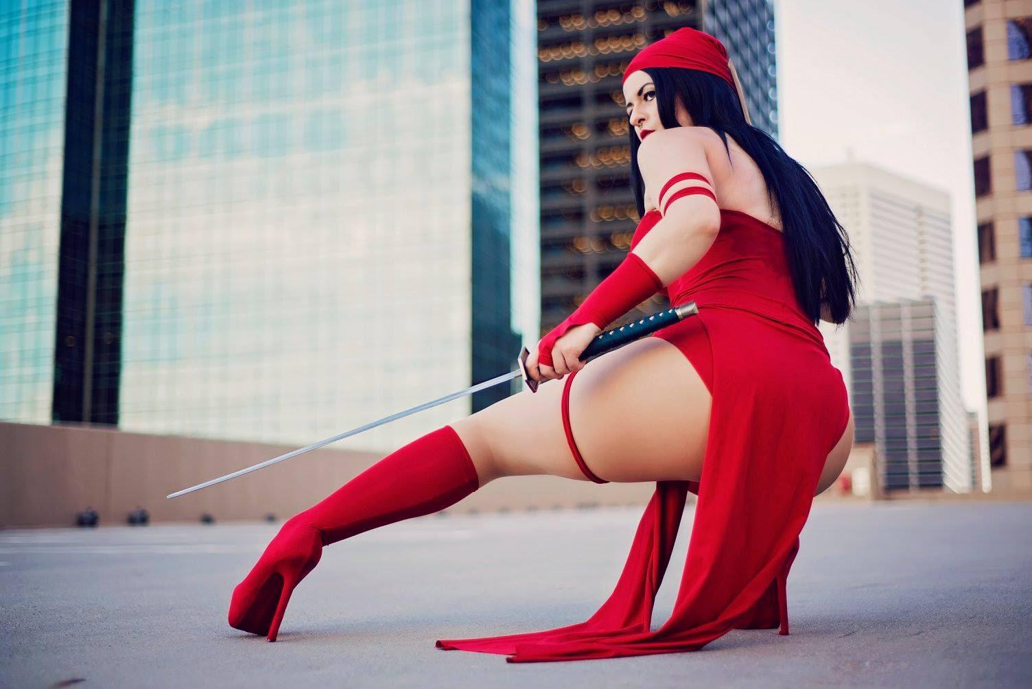 Model Christina McDaniel in Elektra cosplay