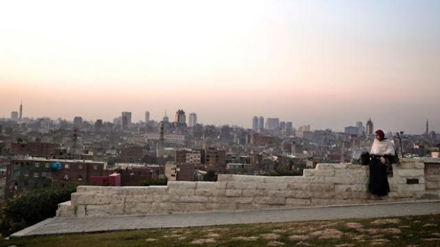 كالتشر-عربية-سماء القاهرة و محافظات أخرى تغطيها  في الخريف سحابة سوداء بسبب التلوث