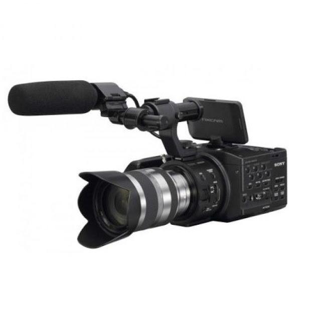 Sony NEX-FS100 DV w/18-200 $5,304