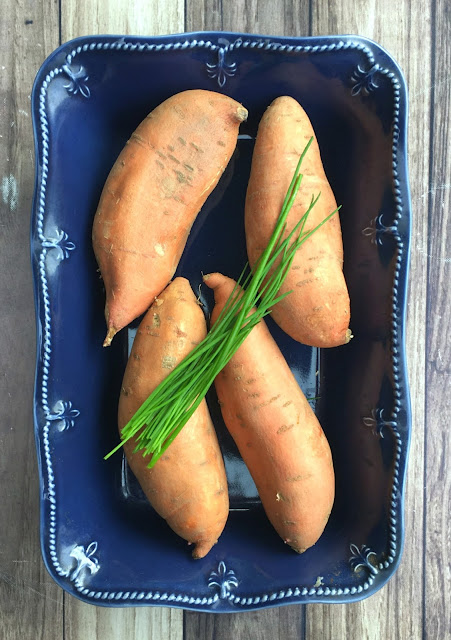 Mashed sweet potatoes with coconut yogurt and chives. The perfect Thanksgiving side dish recipe. | www.jacolynmurphy.com