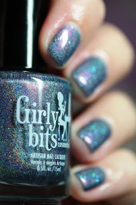 Girly Bits What Happens in Vegas Ends Up on Twitter