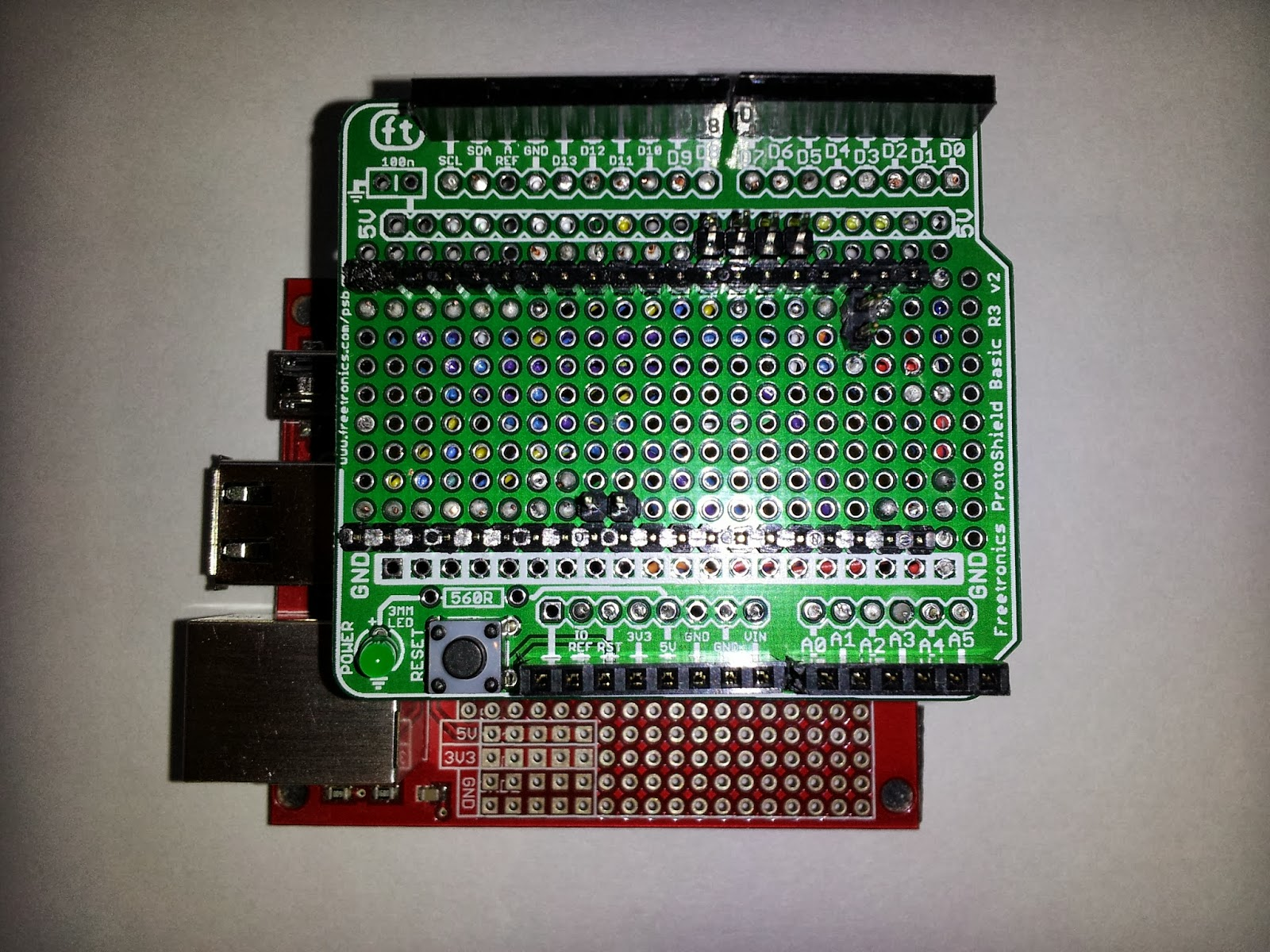 Tech with Dave: mbedR3uino: mbed adapter for Arduino shields