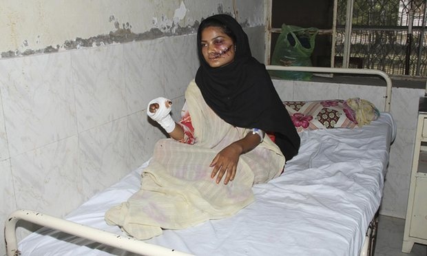 Honor Killing - Saba Qaiser shot in face by her father and thrown in a river.