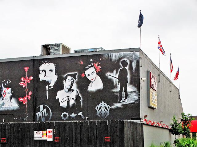 Musicians mural at Nunbers night club in Montrose