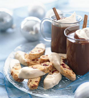 Haute Cocktail Friday: Amaretto Hot Chocolate