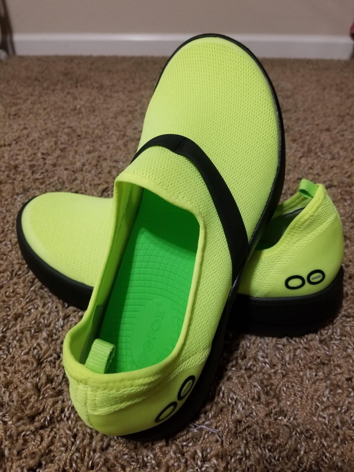 Running Without Injuries  OOFOS Recovery Sandal and Shoe Review c3940c93fe3