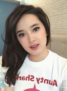 Biodata Rosiana Dewi sebagai pemeran Kiandra Cinderella Metropolitan