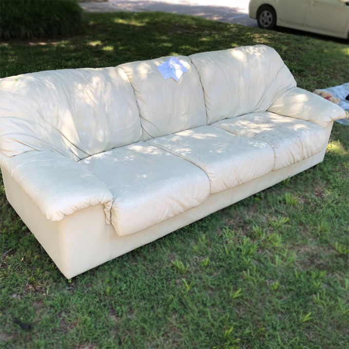 OKC Craigslist curb alert free couch