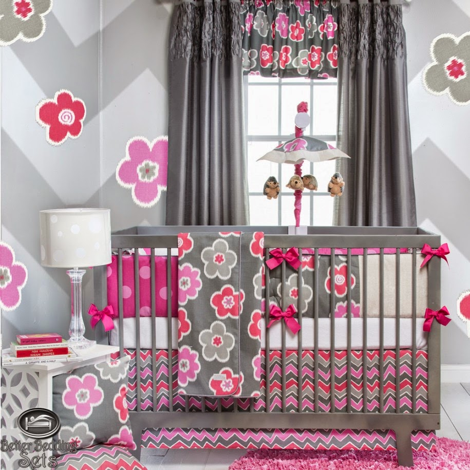 Décoration rideaux bébé fille