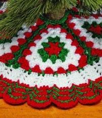 http://translate.googleusercontent.com/translate_c?depth=1&hl=es&rurl=translate.google.es&sl=en&tl=es&u=http://www.countrywomanmagazine.com/project/christmas-crochet-tree-skirt/&usg=ALkJrhhkmcsoPtSqhN9vlvS4mrLF7M_TTA