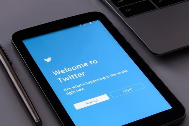 Cara Embed Twitter pada AMP Template