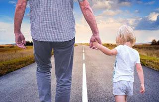 Contoh Puisi Ayah Memperingati Hari Ayah Nasional 12 November