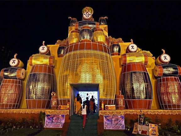 Durga puja 2017 most famous durga puja pandals with images varanasi thecheapjerseys Images