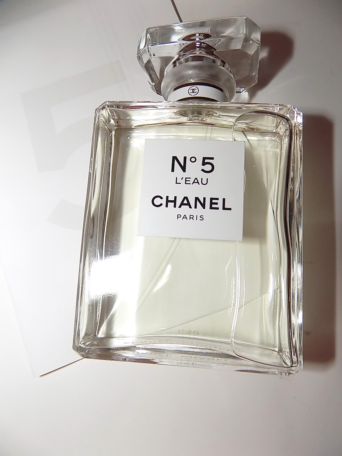 the beauty alchemist chanel no 5 l 39 eau. Black Bedroom Furniture Sets. Home Design Ideas