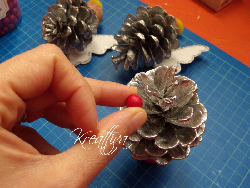 albero con pigne