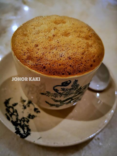 Every Ipoh Tourist goes to Chang Jiang White Coffee @ Jalan Windsor