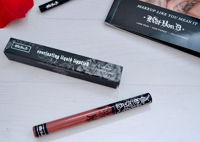 Debenhams - Kat Von D - Shade + light - Contour kit - contour palette - Make up brush - studded kiss - lipstick - Magick - Everlasting Liquid Lipstick - Liquid Lipstick - Lolita - liquid eyeliner - tattoo liner - trooper - swatches - review