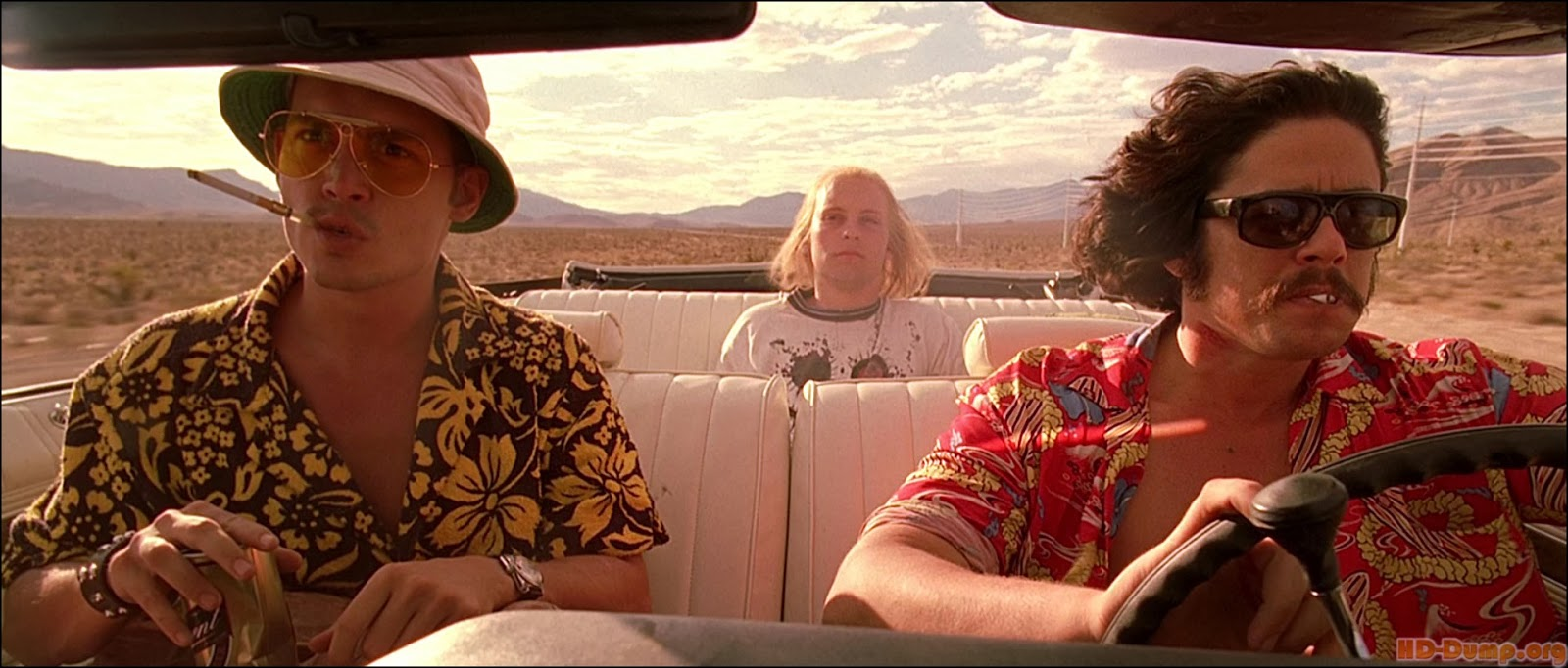 mundanewarrior's Movie Musings: Fear and Loathing in Las Vegas (1998)