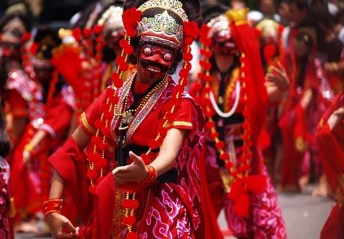 Tari Topeng Klana dari Cirebon