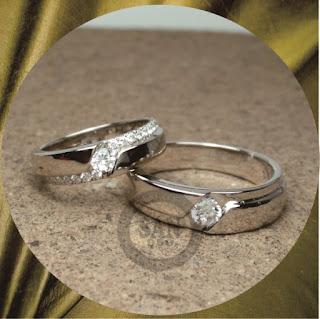 cincin nikah kawin tunangan pasangan terbaru